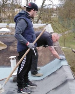 Dacharbeiten am Vereinsheim